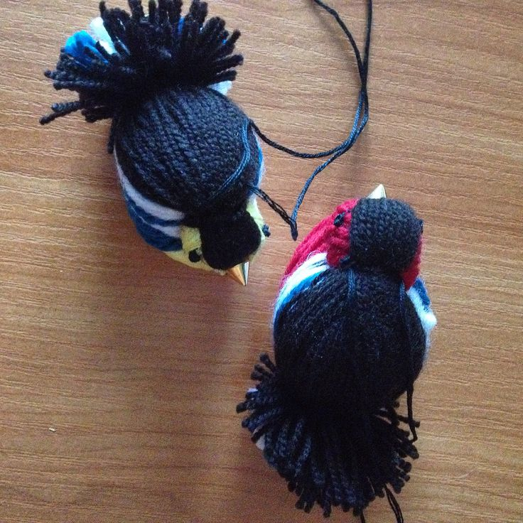 Птички из ниток.Елочная игрушка