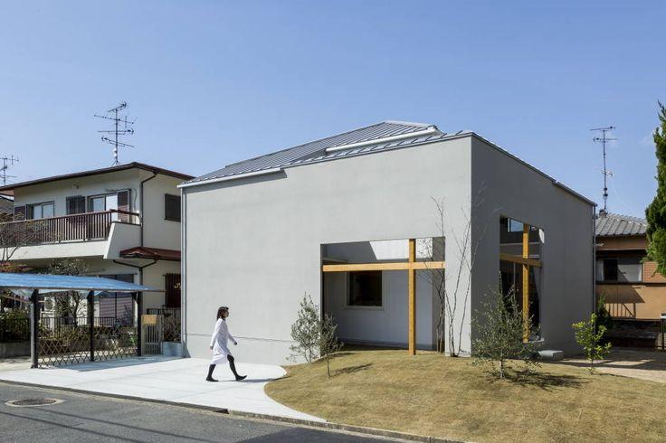 일상의 풍경 속에서 따뜻한 디자인이 빛나는 집 (출처 Juhwan Moon)