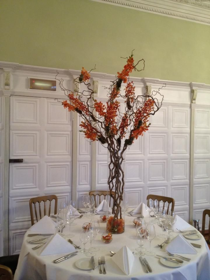 Burnt Orange Willow Vase #hengravehall #longgallery