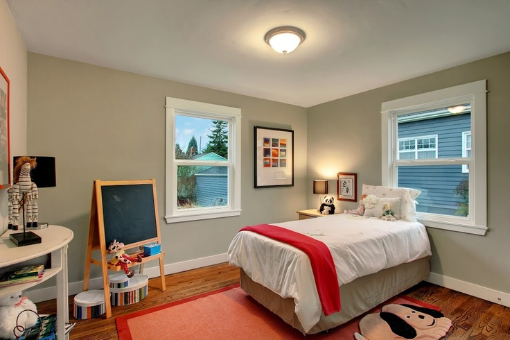 Heaton Dainard flipped another house in Seattle, check out the kids room!