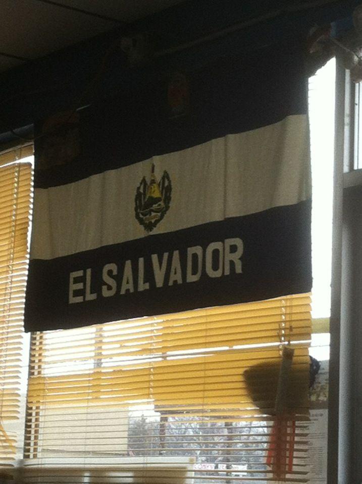 Pupuseria El Salvador La Original I in Grand Rapids, MI