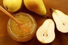 Die selbstgemachte Birnenmarmelade ist ein wahrer Gaumenschmaus. Am besten gelingt das Rezept mit vollreifen Früchten.