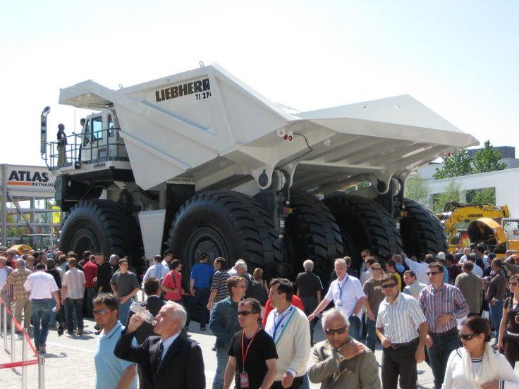 10 Giant Trucks (5)