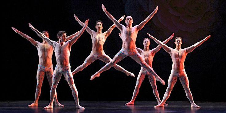 Paul Taylor Dance Company - Teatro Mayor Julio Mario Santo Domingo. Paul Taylor es uno de los pioneros y principales representantes de la danza moderna a...