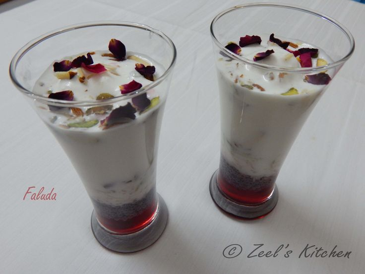 Let's welcome this summer with very delicious and yummy homemade cool faluda. Faluda is equally popular all over india specially in Delhi and Mumbai. Faluda is very healthy and cools the body with special ingredient named takmaria ( basil seed ). #zeelskitchen #faluda