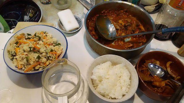 ホラー漫画家・神田森莉 ハムブログ: さらにオカラを料理する。人参とオクラのオカラ、それとレバーのトマト煮。