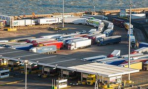 Post-Brexit customs gridlock could choke UK trade, experts warn