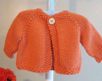 CARDIGAN de MELANIE... tejer patrón para un suéter de bebé