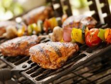 BBQ Chicken a la Moscato... yumm: Food Recipes, Awesome Food, Bbq Recipes, Easy Bbq Chicken Recipes, Yummy Food, Moscato Chicken, Healthy Recipes, Chicken Breast, Barefoot Wine