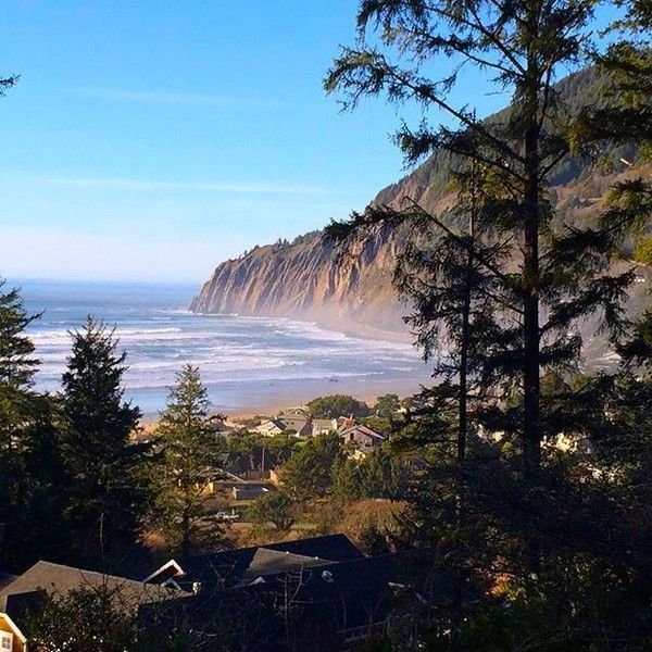 Find This Pin And More On Manzanita Oregon Hotels By Elizabethgdagge