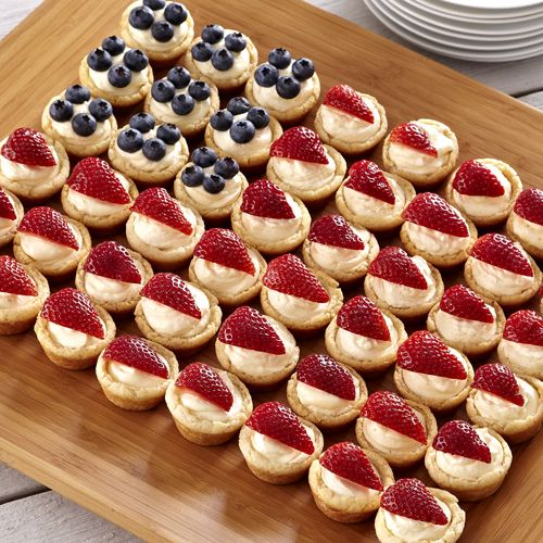 Patriotic Pies - The Pampered Chef®  For this and more delicious recipes go to pamperedchef.biz/susanlivingston