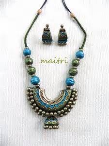 Trendy terracotta neck set