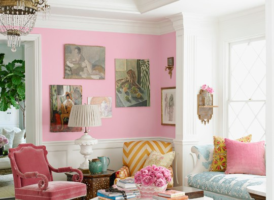 So pretty in pink!: Wall Colors, Apartment Decor, Pink Rooms, Pink Interiors, Colors Schemes, Pink Living Rooms, Fun Rooms, Benjamin Moore Pink, Begonia Pink