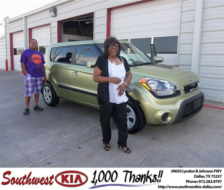 #HappyAnniversary to Alma Sanders on your 2013 #Kia #Soul from Fernando Silva-Alvarez at Southwest Kia Dallas!