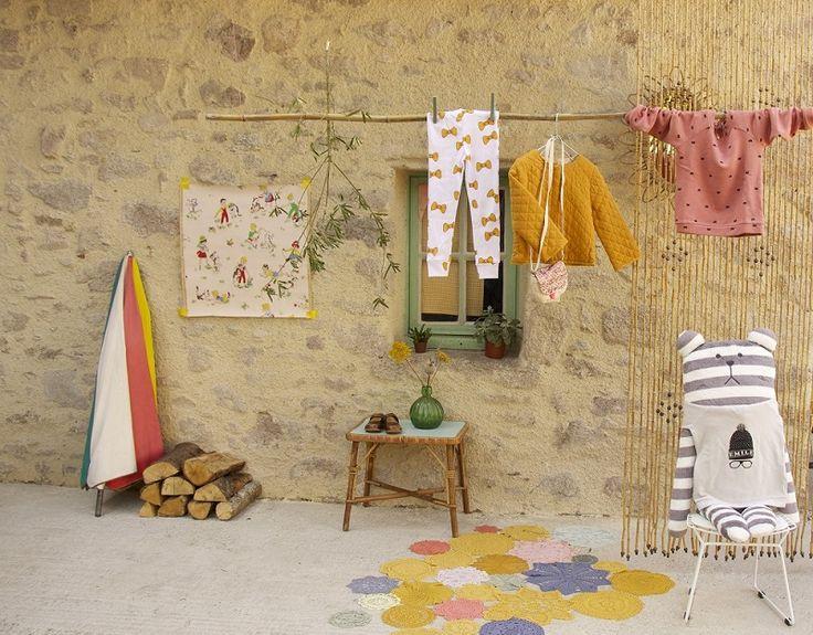 Dans un petit village WEBSHOP stylisme Anne Millet