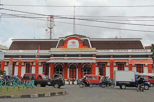 Kantor Pos - Semarang (Java - Indonesia).The postoffice in Semarang built in colonial style with fresh red-orange colors.