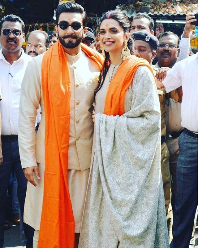 Newly Weds Deepika Padukone And Ranveer Singh At The Siddhivinayak Temple In Mumbai Deepikapadukone Deepika Padukone Style Bollywood Fashion Deepika Ranveer