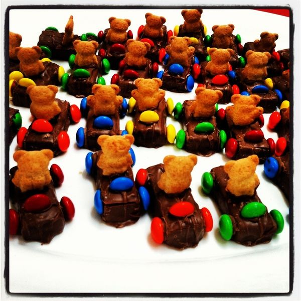 """Teddy Graham """"Car"""" Treats - You won't believe how easy these guys are!"""