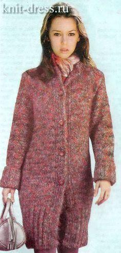 облегающее пальто вязаное спицами