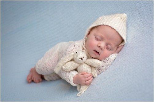 Newborns petite studios llc newborn photographer newborn photography chicago newborn photography chicago
