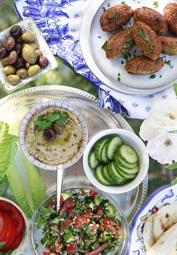 Falafel and Tabbouleh Recipes + Middle Eastern Dinner Menu #Vegetarian #anediblemosaic