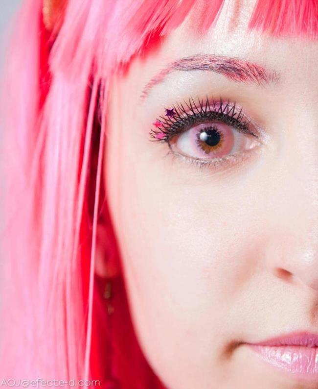 Princess Bubblegum, incredible makeup! - 8 Princess Bubblegum Cosplays