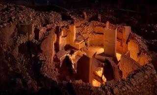 Conspiracy Feeds: Αυτός ο ναός χτίστηκε πριν από 11.500 χρόνια! Δείτ...