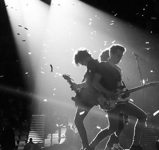 The vamps black and white foto