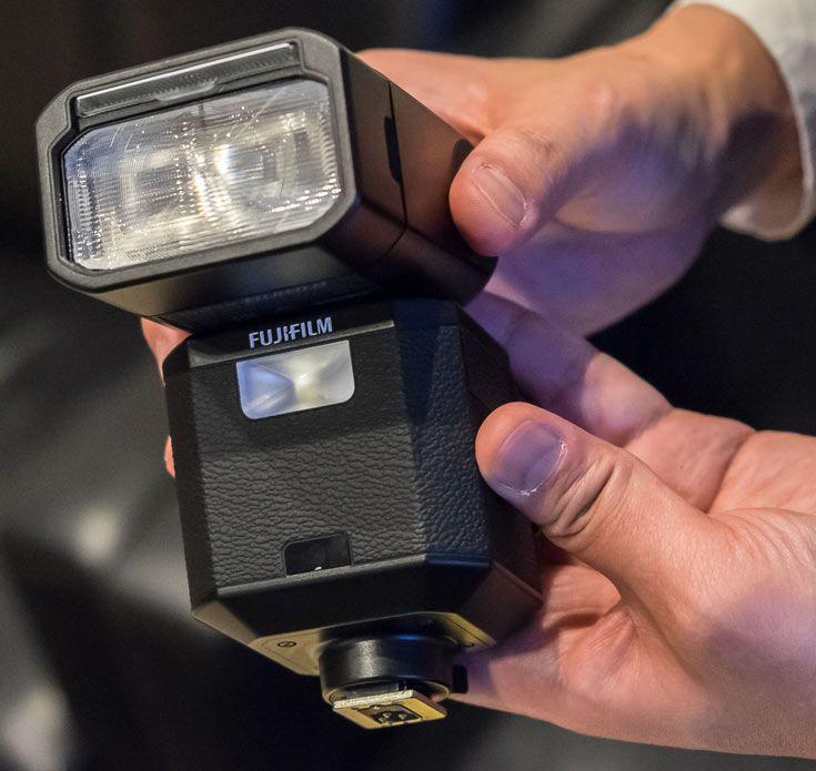 Внешняя вспышка Fujifilm EF-X500 будет выпущена в мае 2016 года