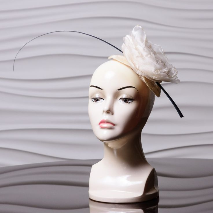 Nude Rose Organza Cocktail Hat New, Hand Made and High Quality. Cream sinamay base with nude tone organza rose detail and quill accent. Materials: Sinamay Structure with comb This minimalist fascinator is perfect for the ladies who believe less is more. The white rose is perfect for adding a feminine touch to any outfit. Perfect for  Weddings, Church, The Kentucky Derby, Horse Racing Events, Garden Tea Parties and Charity Events.