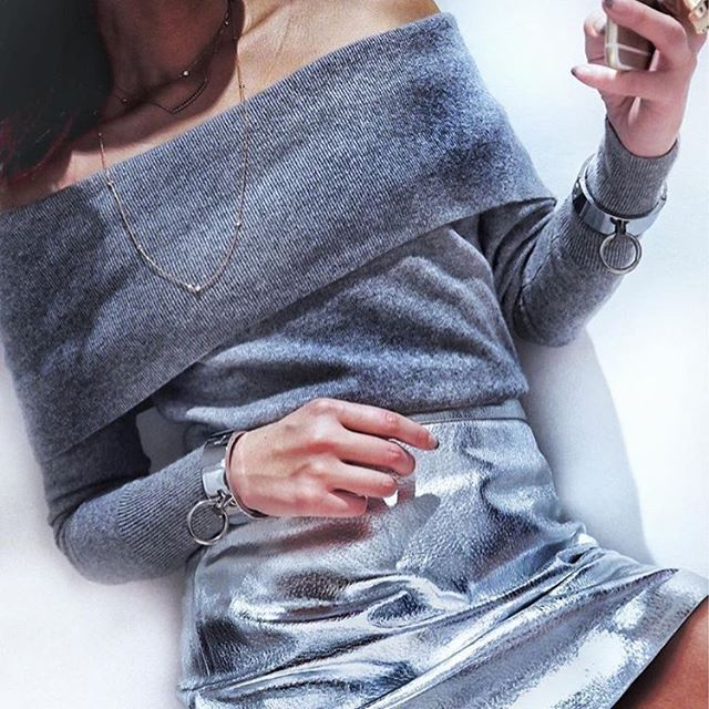 Knits and Metallics 👌🏼 @marikokuo styles this @jaegerofficial knit up a treat   #influenceragency #influencer #fblogger #blogger #fashionblogger #silver #style #ootd #knits #metallic