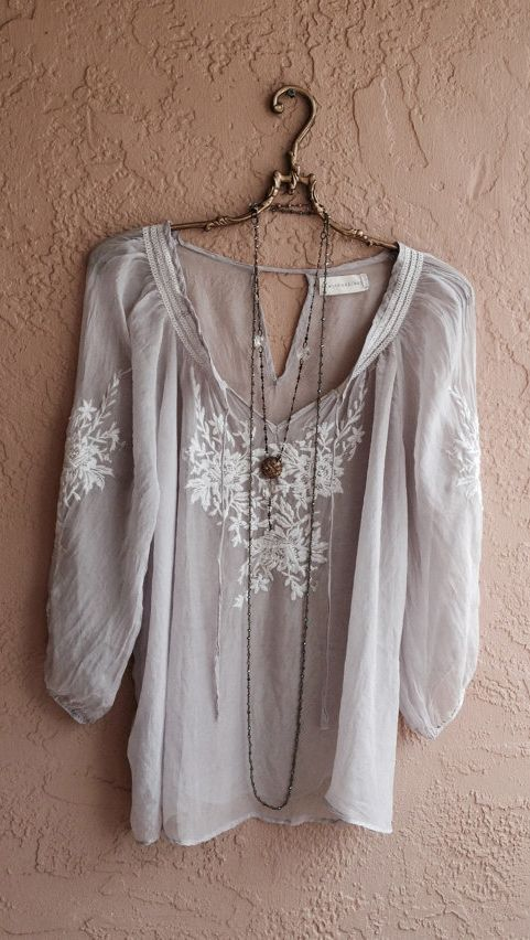 Soft embroidered peasant top - depending on the fabric it is made out of this would be really comfy