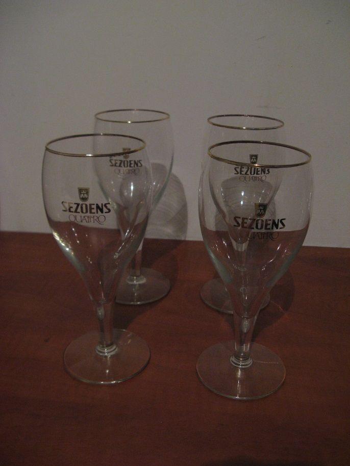 For Sale: Four original glasses Sezoens Quattro with golden rim....