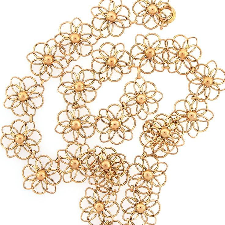 neck-gold-floral-lace-3