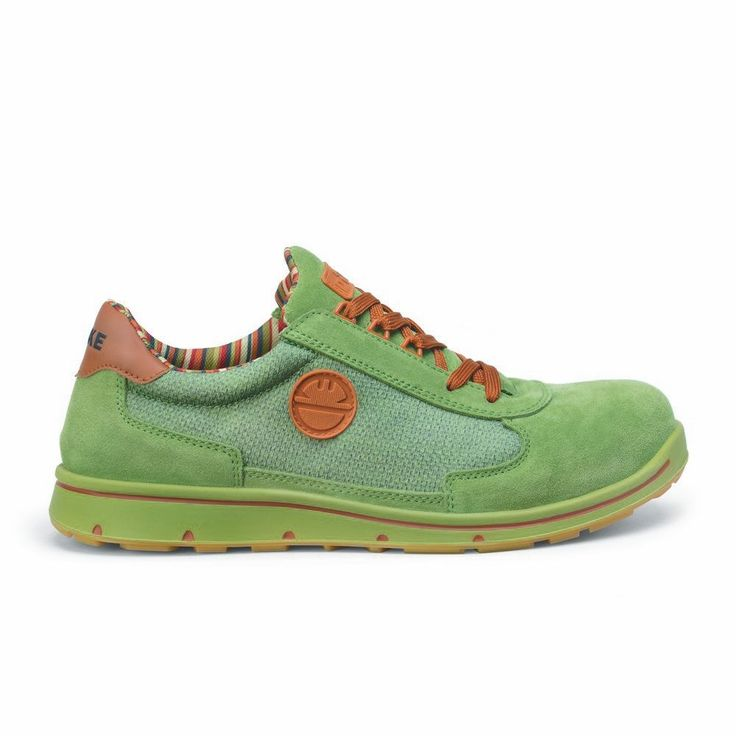 Zapato de seguridad DIKE CYCLON CROSS S1P color Salvia.