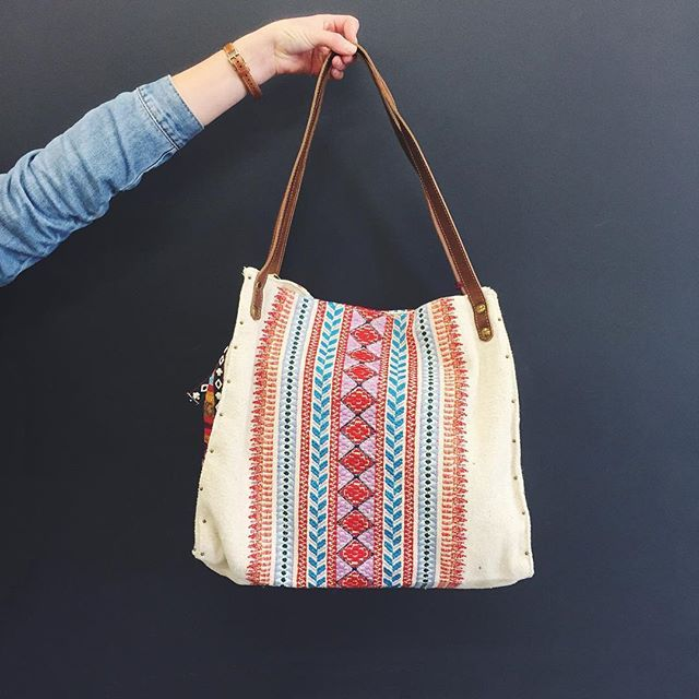 New in store from @tigerlilyswimwear  The Erepsia Bag! Perfect for everyday use, and roomy enough to fit a beach towel in too! Online at lightboxgift.com.au #lightbox_giftandhome #tigerlily