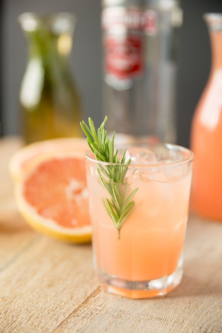 Rosemary Greyhound Cocktail - vodka and grapefruit juice with a rosemary infused simple syrup
