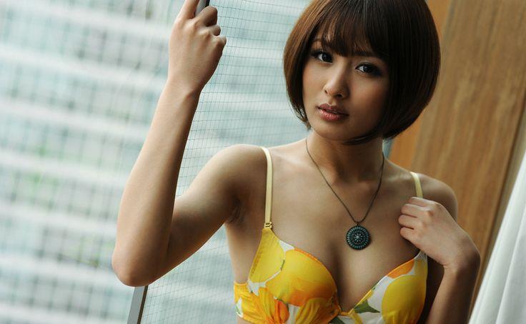 夏目優希 スレンダー美女の濃厚セックス エロ画像57枚