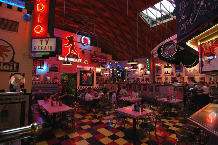 Corvette Diner - American Restaurant