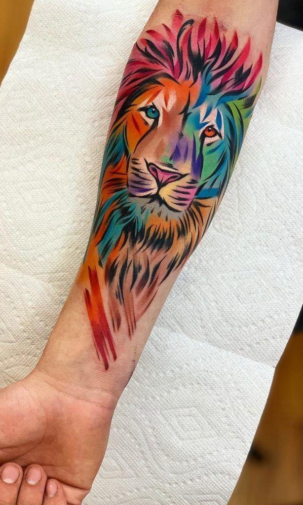 tatuagem leao feminina colorida | Tatuagem aquarela leão, Tatuagens de leão, Tatuagens aquarela