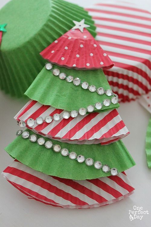 Gorgeous Christmas Tree ornament from cupcake cases