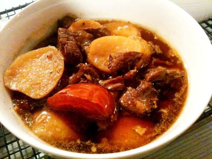 Resep (recipe) Bumbu Sajian Sedap Semur Daging Sapi dan Kentang Kecap Spesial yang Enak dan Sederhana