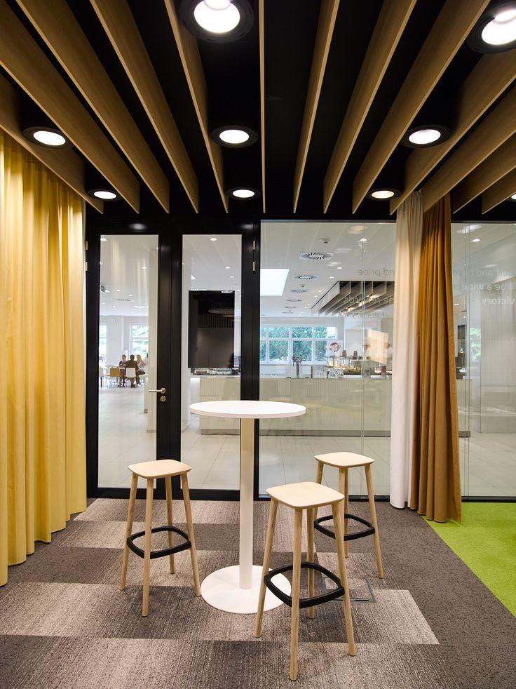 Fluctuating led office lights offer workers caffeine like energy boost office pinterest office lighting lights and ceiling