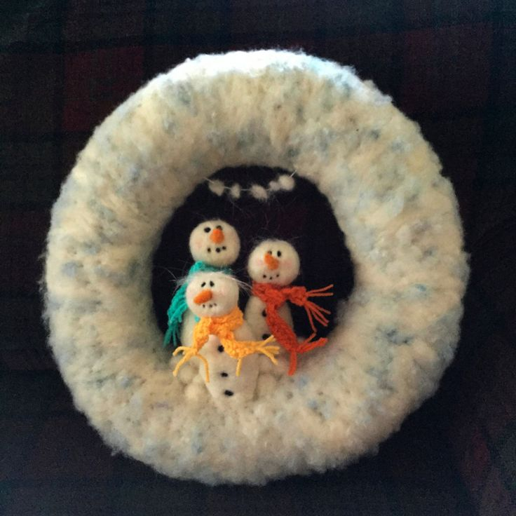 Felted Snowman Wreath by TheFeltDrawer on Etsy