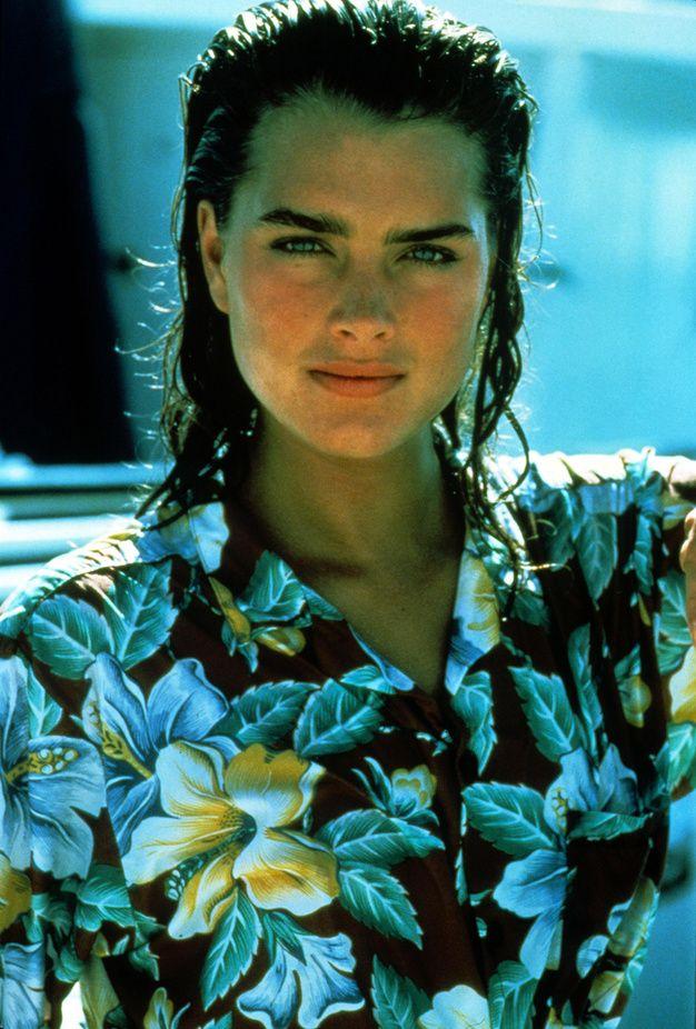 Brooke Shields chemise hawaïenne