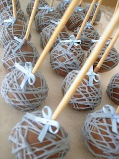 Sister's Sweet Studio: Batizado III - Cupcakes de Ursinhos e Popcakes - Marrom e azul