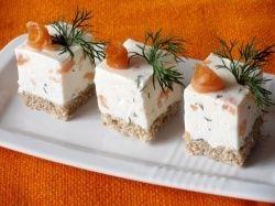 Cuburi aperitiv cu crema de branza si somon