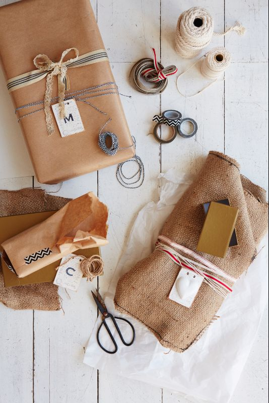 By Simone Borcherding stylist   writer   spacemaker. Gift wrapping with brown paper, hessian, string and ribbons.
