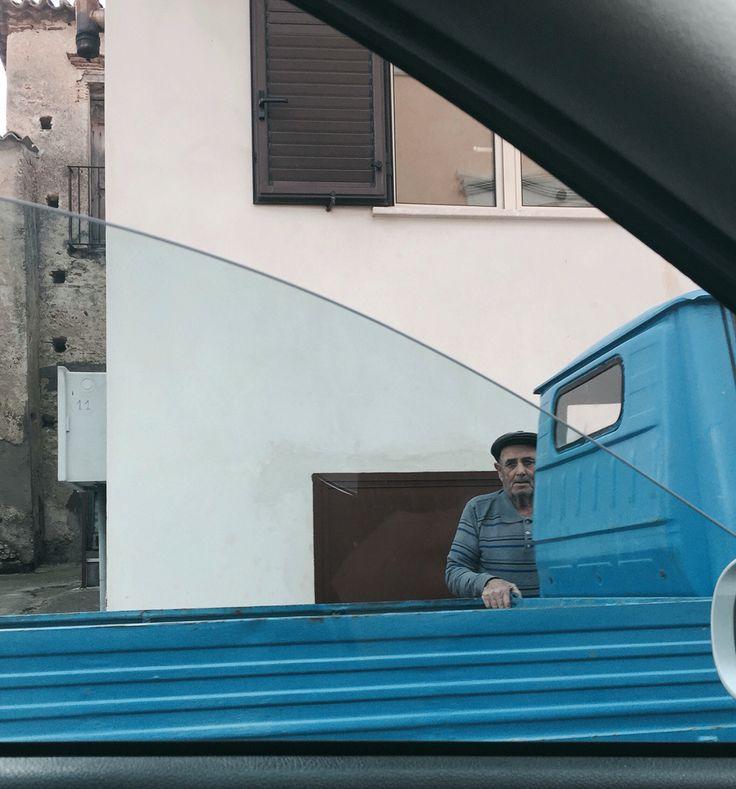 #italy #piaggio #ape #old #briatico #calabria #sud #fish #food #sea #pescatore