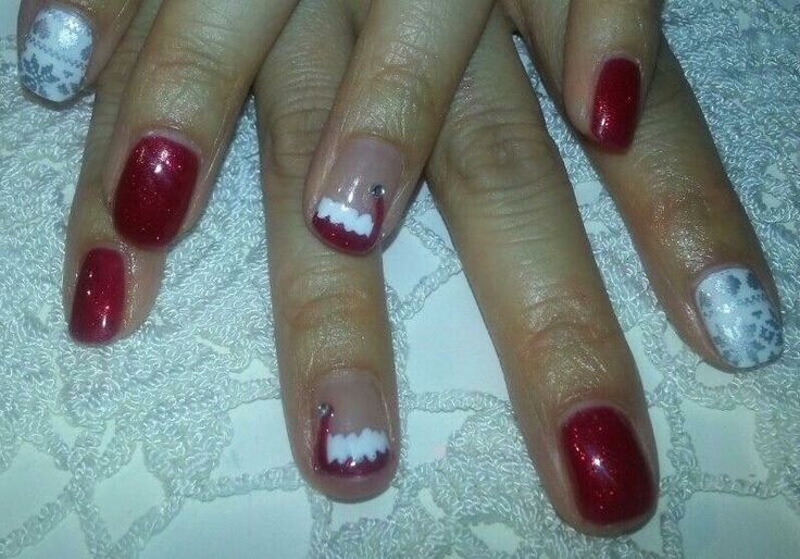 Christmas means Christmas nails! The only time I can get away with these :)